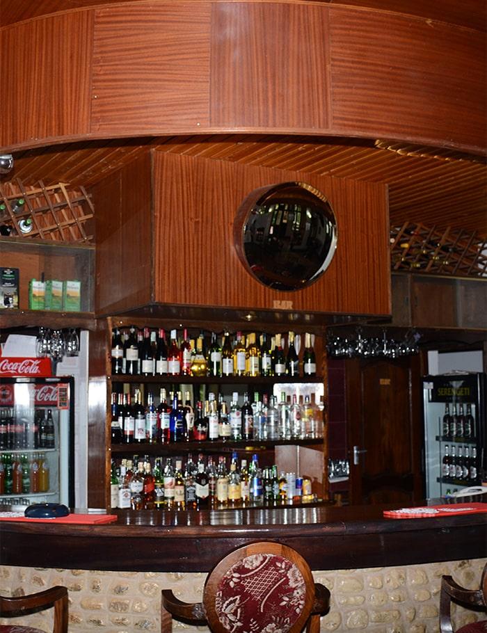 bar-min